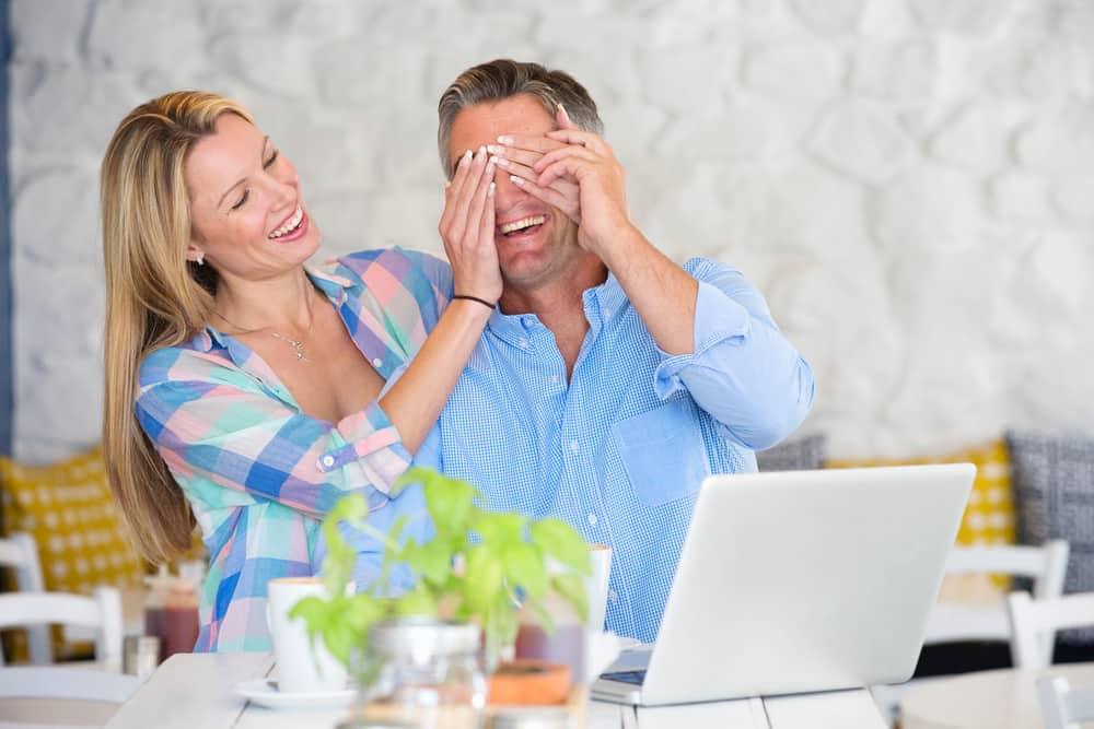 Kako iznenaditi partnera